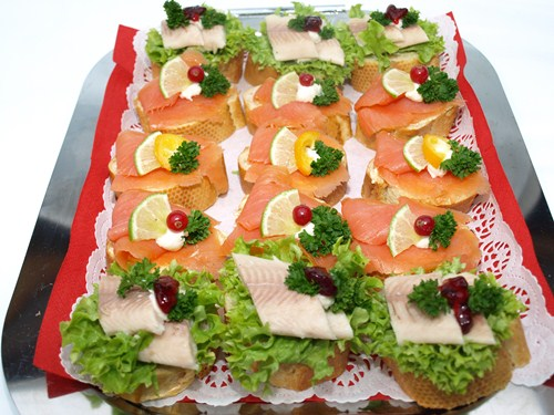 Canapee Lachs u. Forelle Tablett